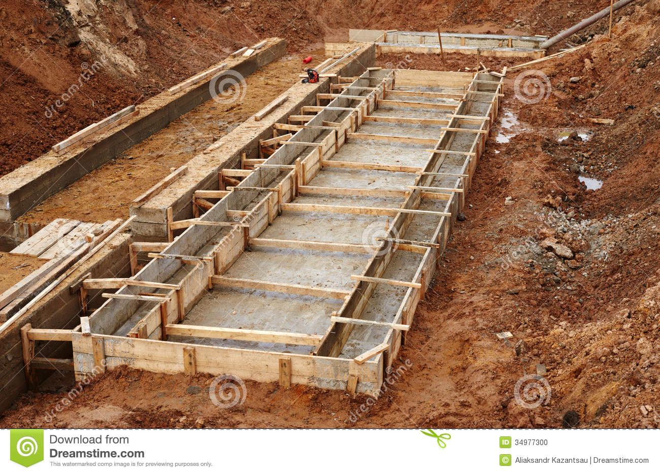 Building foundation clipart panda free clipart images for Basement construction types